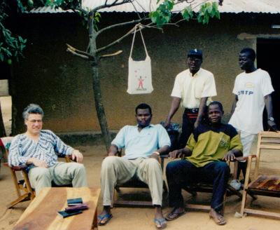N''ʊsoro ELWƐT Jorj 1998, Bashɩɖɩ